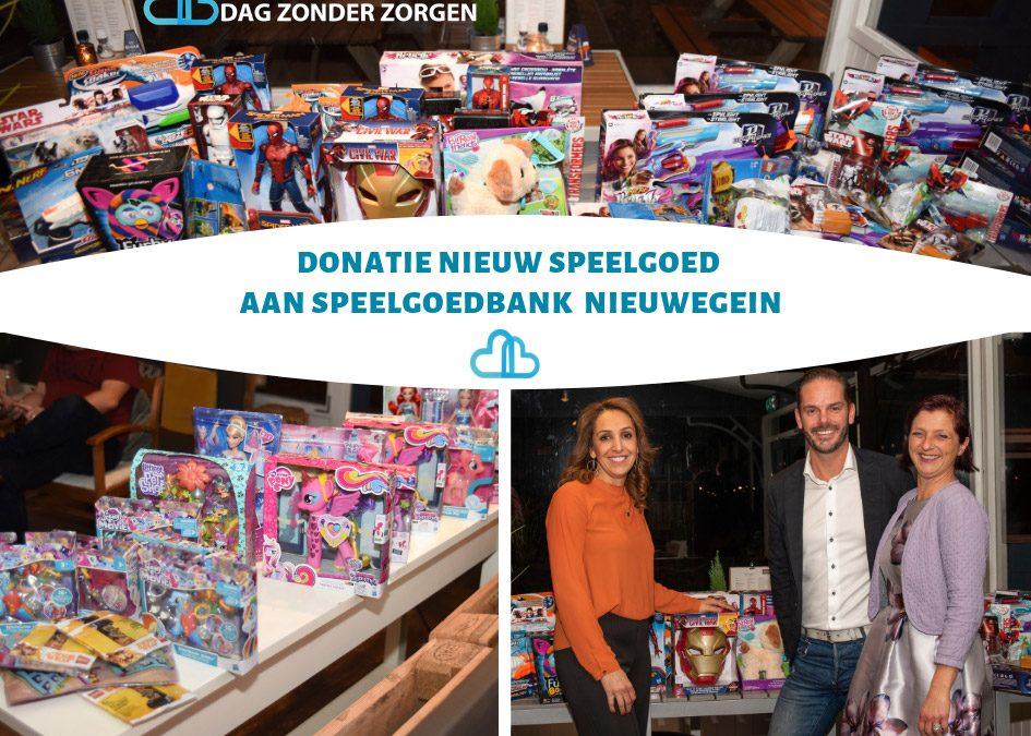 Stichting Dag Zonder Zorgen doneert nieuw speelgoed aan speelgoedbank